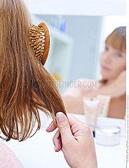 WOMAN'S HAIRCARE