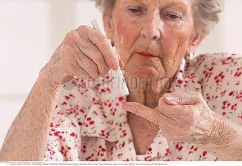 TEST FOR DIABETES  SENIOR