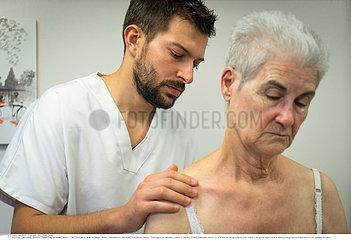 OSTEOPATHY SENIOR