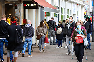 Shopping Rush Hour in Eimsbuettel