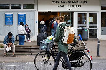 Shopping Rush Hour in Eimsbuettel