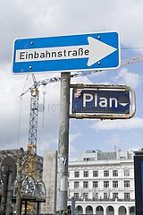 Mit Plan in die Einbahnstraße
