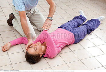 Serie Reportage_115 Erste Hilfe Kurs / First aid