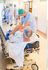 Reportage_222 Katarakt-Chirurgie / Ophtalmology