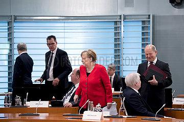 Merkel  Seehofer  Scholz  Kabinett