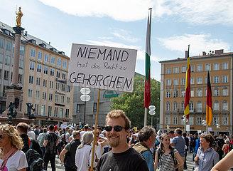 Corona Rebellen demonstrieren erneut in München