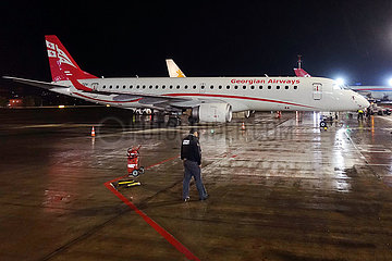 Kiew  Ukraine  Embraer ERJ-190AR der Georgian Airways