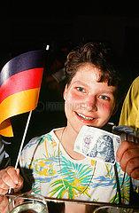 D-Mark wird Zahlungsmittel in der DDR