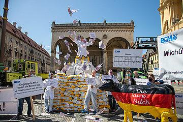Milchbauern demonstrieren in München für einen höheren Milchpreis
