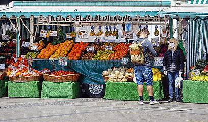 Obststand  Innenstadt  Essen  Nordrhein-Westfalen  Deutschland