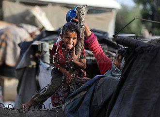 MIDEAST-GAZA-KHAN YOUNIS-HOT WEATHER