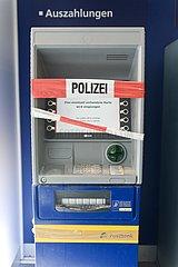 Zerstörter Geldautomat