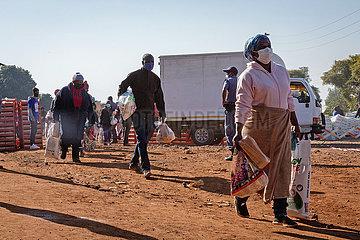 SOUTH AFRICA-PRETORIA-COVID-19-FOOD DISTRIBUTION