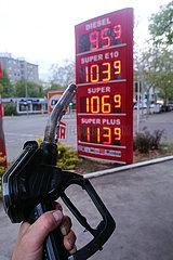 Berlin  Deutschland  Preise fuer Diesel und Benzin sind wegen der Coronakrise stark gefallen