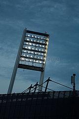 Deutschland  Bremen - Geisterspiel bei Flutlicht  Weserstadion des SV Werder Bremen
