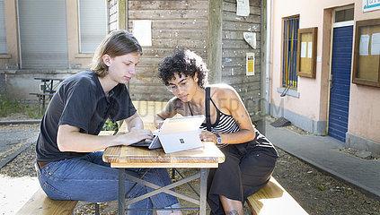 Studierende