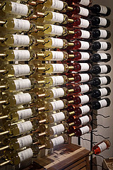 Batumi  Georgien  Weinflaschen