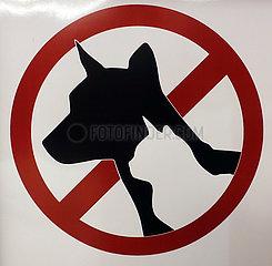 Conghua  Hinweisschild: Hunde und Katzen verboten