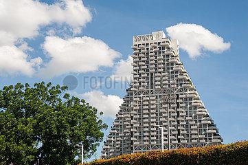 Singapur  Republik Singapur  Wohnhochhaus Sky Habitat in Bishan von Moshe Safdie