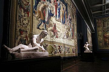 Ausstellung Raffael - Macht der Bilder. Die Tapisserien und ihre Wirkung in der Gemaeldegalerie Alte Meister  Staatliche Kunstsammlungen Dresden