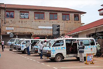 UGANDA-KAMPALA-COVID-19-Gesamtverkehrs-OPENING