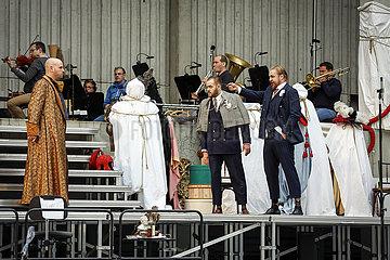 Deutsche Oper Berlin RHEINGOLD AUF DEM PARKDECK