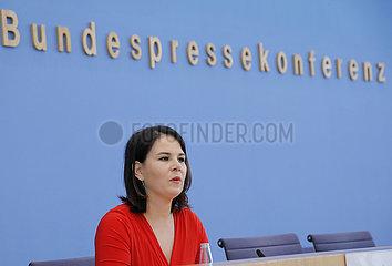 Bundespressekonferenz zum Thema: Ergebnisse des Kita- und Schulgipfels - Regelbetrieb von Bildungseinrichtungen unter Pandemiebedingungen nach den Sommerferien