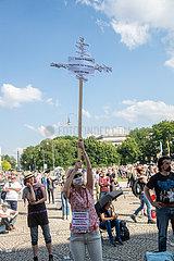 Corona Rebellen demonstrieren in München