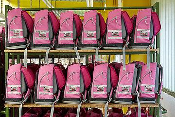 Eberswalde  Deutschland - McNeill Schulranzen in pink vom Modell Primero der Thorka GmbH.