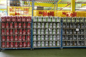Eberswalde  Deutschland - McNeill Schulranzen in unterschiedlichen Farben der Thorka GmbH.