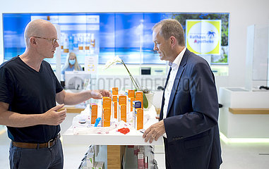 Personal consultation in a modern pharmacy