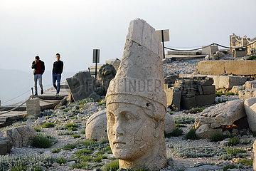 TURKEY-MOUNT NEMRUT-TOMB-SANCTUARY
