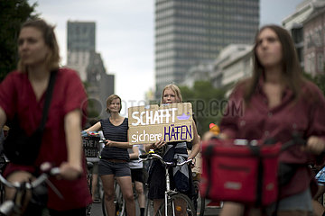 Seebruecke - Fahrraddemo