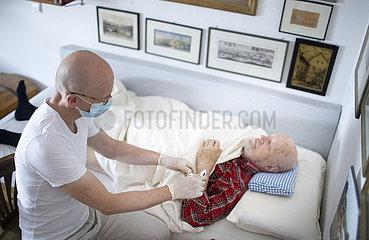 Krankenpflege / Altenpflege