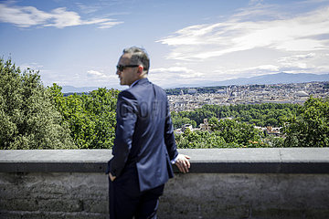 BM Maas reist nach Rom