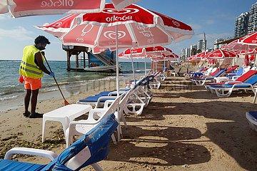 ISRAEL-BAT YAM-COVID-19-CLOSED BEACH
