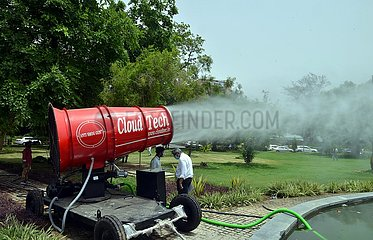 INDIEN-NEW DELHI-ANTI-POLLUTION-DEVICE INDIA-NEW DELHI-ANTI-POLLUTION-DEVICE