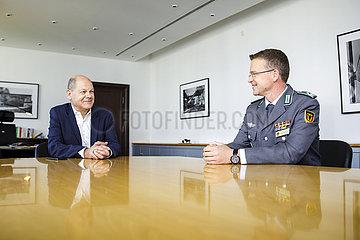 BM Olaf Scholz trifft Andre Wuestner