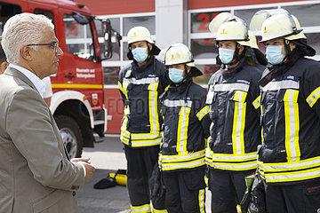 Ashok-Alexander Sridharan bei der Feuerwehr