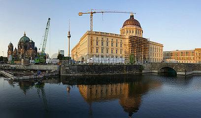 Panorama: Berliner Stadtschloss/ Humboldtforum