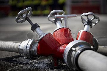 Feuerwehr braucht Loeschwasser