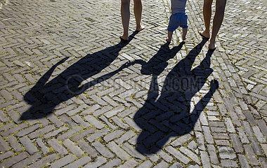 Schatten einer Familie