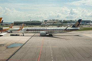 Singapur  Republik Singapur  Singapore Airlines Airbus A350 Passagierflugzeug auf dem Flughafen Changi