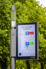 Smart Poles  intelligente Strassenlaternen  Essen  Ruhrgebiet  Nordrhein-Westfalen  Deutschland