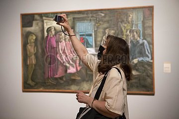 RUSSLAND-Moskau-COVID-19-Kunstausstellung