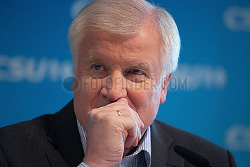Horst Seehofer bei PK