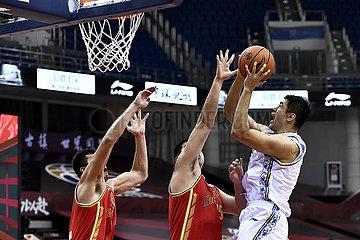 (SP)CHINA-QINGDAO-BASKETBALL-CBA LEAGUE-BAYI VS JIANGSU (CN)