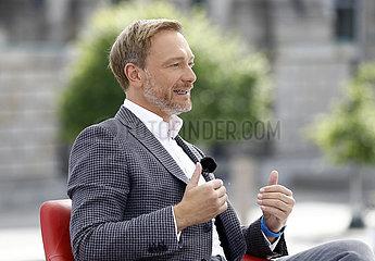 Christian Lindner - TV-Produktion ARD-Sommerinterview mit dem FDP Chef  Bericht aus Berlin