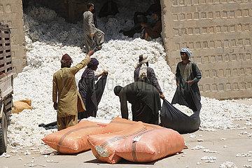 AFGHANISTAN-LASHKAR GAH-COTTON PROCESSING FACTORY