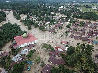 INDONESIEN-Südsulawesi-FLASH FLOOD-AFTERMATH